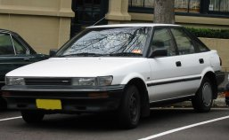 Toyota Corolla: Maxilube Saves Money!